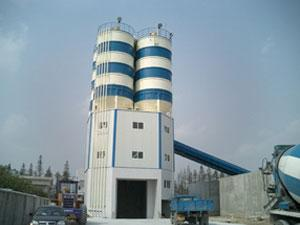 Central Mix Batch Plant with Top Mounted Cement Silo